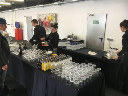 Eten en drinken is inbegrepen in de VIP ruimte